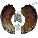 Remschoenenset AL-KO 2360/2361 voor 1 as incl. veren.
