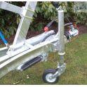 Zwaar automatisch opklapbaar steunwiel.